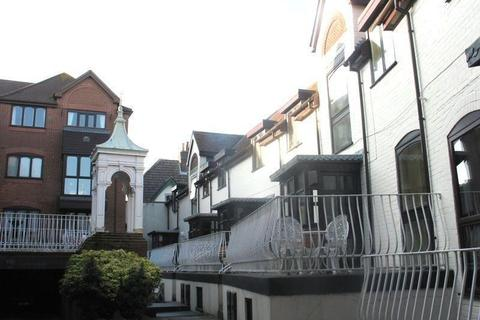 2 bedroom townhouse to rent - Upper Norwich Road, Bournemouth