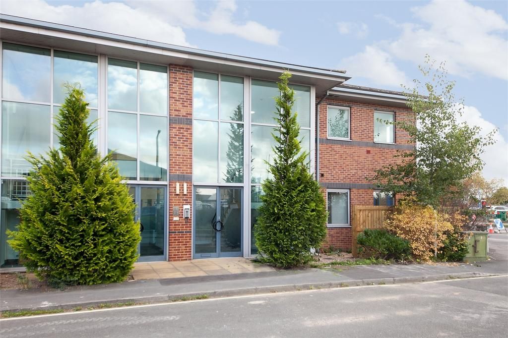 1 Bedroom Flat for sale in St Christopher's House, George Cayley Drive, York