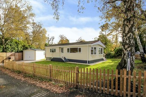 2 bedroom park home for sale - The Plateau, Warfield Park, Bracknell, Berkshire
