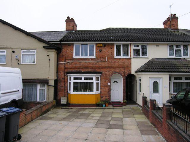 3 Bedrooms Terraced House for sale in Perry Common Road,Erdington,Birmingham