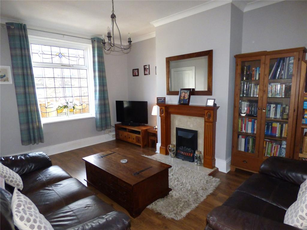 3 Bedrooms Terraced House for sale in Wormald Street, Liversedge, WF15