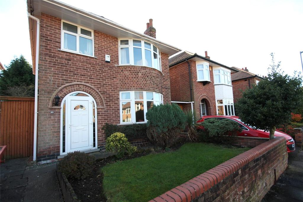 3 Bedrooms Detached House for sale in Park Road, Bramcote, Nottingham, NG9
