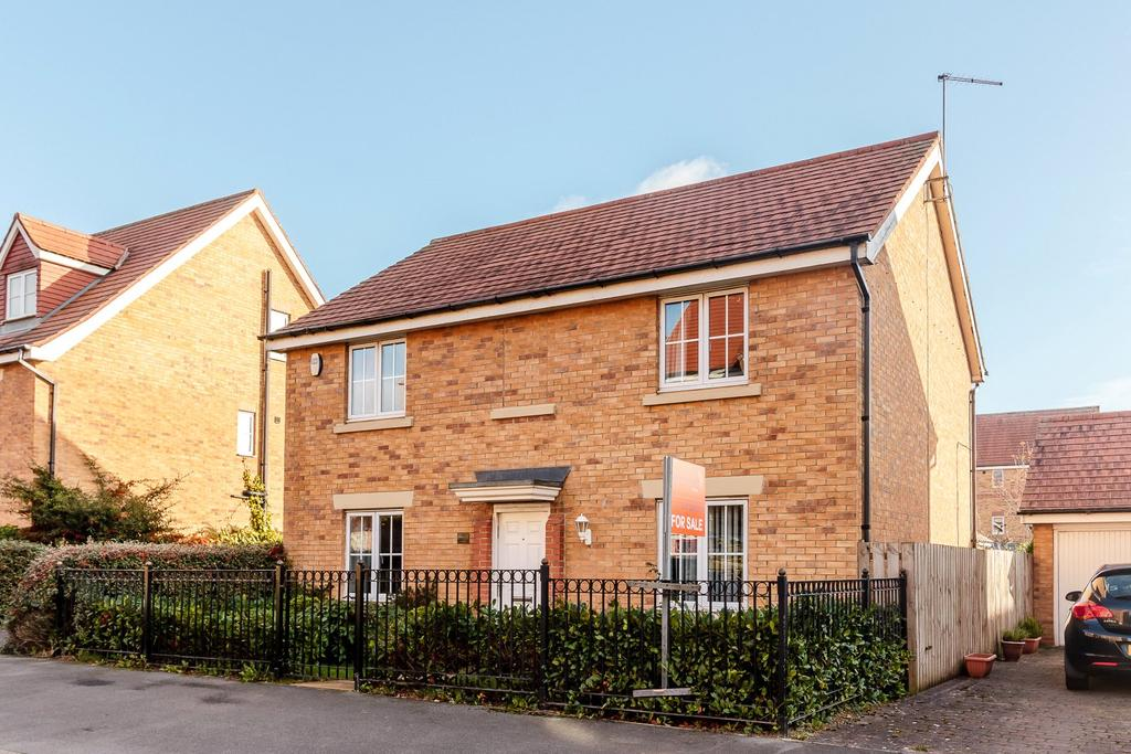 4 Bedrooms Detached House for sale in Barmoor Drive, Newcastle Great Park, Newcastle Upon Tyne, Tyne And Wear