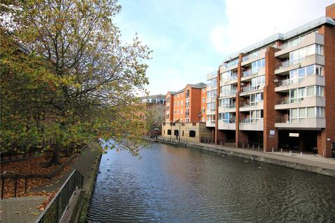 1 bedroom flat for sale - Kings Reach Court, Crane Wharf, Reading, Berkshire, RG1