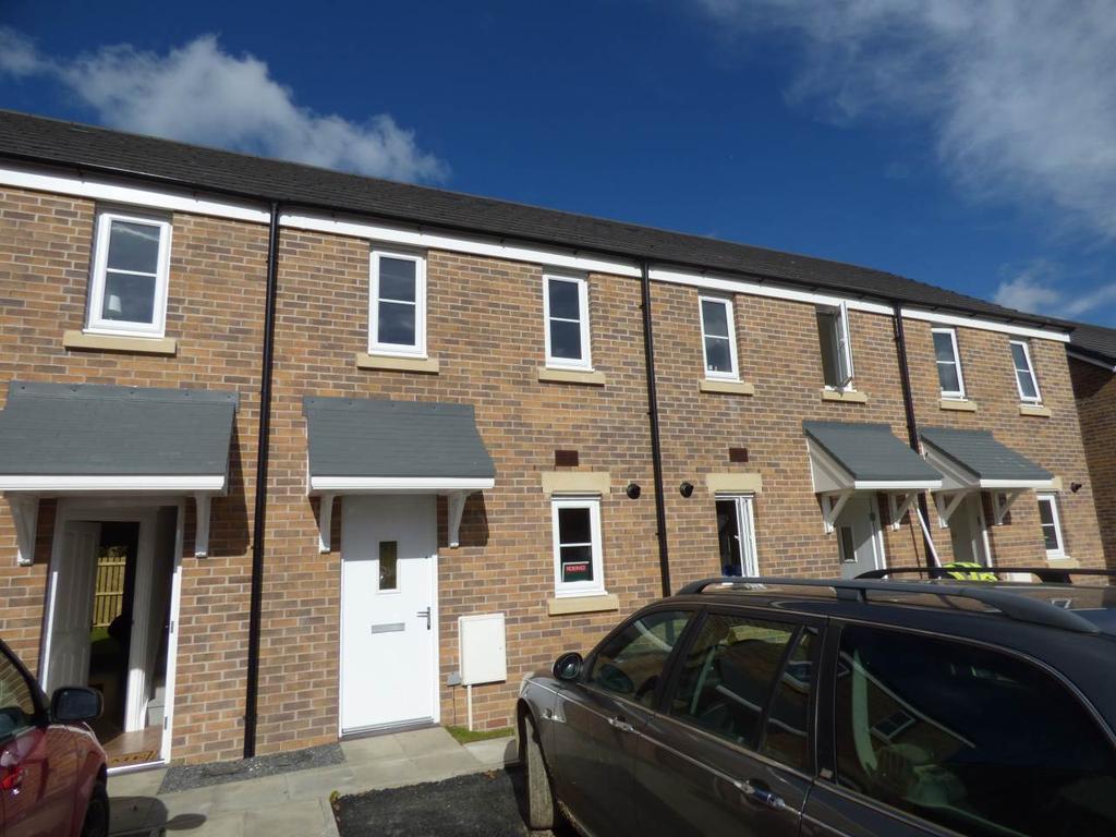 2 Bedrooms House for rent in Maes Pedr, Johnstown, Carmarthen