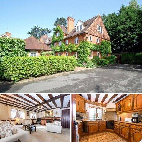 3 bedroom apartment to rent - Framewood Manor, Framewood Road, Stoke Poges, SL2