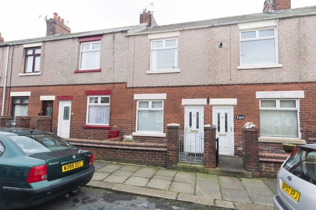 2 Bedrooms Terraced House for sale in Dundalk Street, Barrow-In-Furness