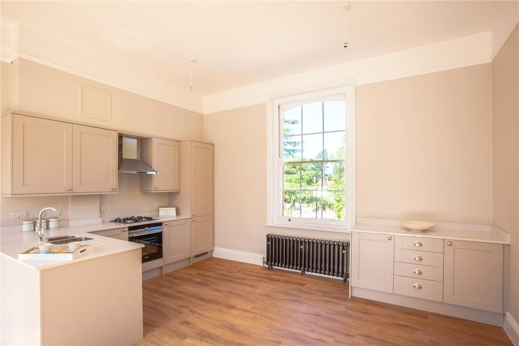 2 Bedrooms Flat for sale in Plot 26, Belgrove Place, Foxhall Road, Ipswich, IP3