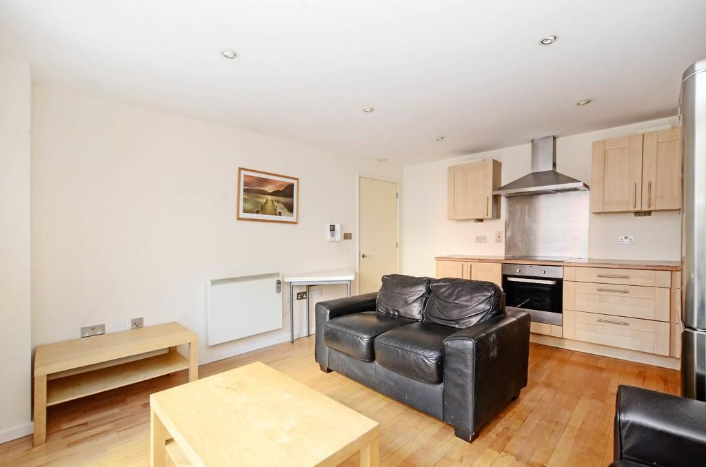2 Bedrooms Apartment Flat for sale in Broughton House, 50 West Street, Sheffield, S1 4EY