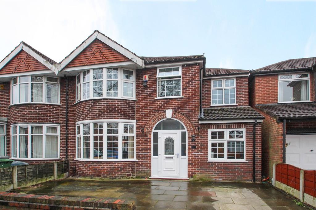 4 Bedrooms Semi Detached House for sale in Westminster Road, Davyhulme, Manchester, M41
