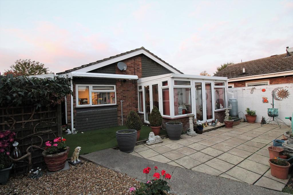 2 Bedrooms Detached Bungalow for sale in Alfred Cope Road, Sandy, SG19