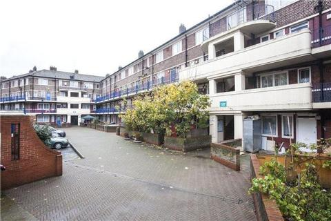 Studio to rent - St. Johns Estate, Tower Bridge Road, London, Greater London, SE1