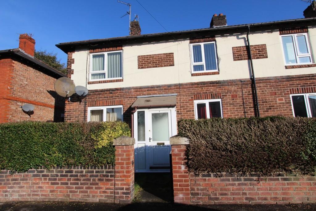 2 Bedrooms Flat for sale in Bramley Crescent, Heaton Mersey