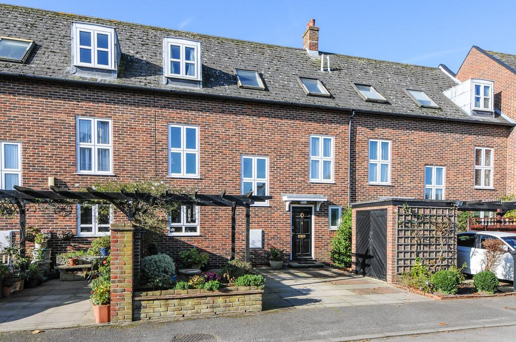 5 Bedrooms Town House for sale in Jubilee Terrace, Chichester
