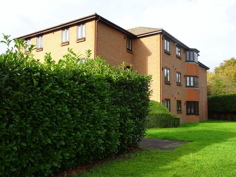 2 Bedrooms Apartment Flat for sale in 52-54 Hadlow Road, Tonbridge