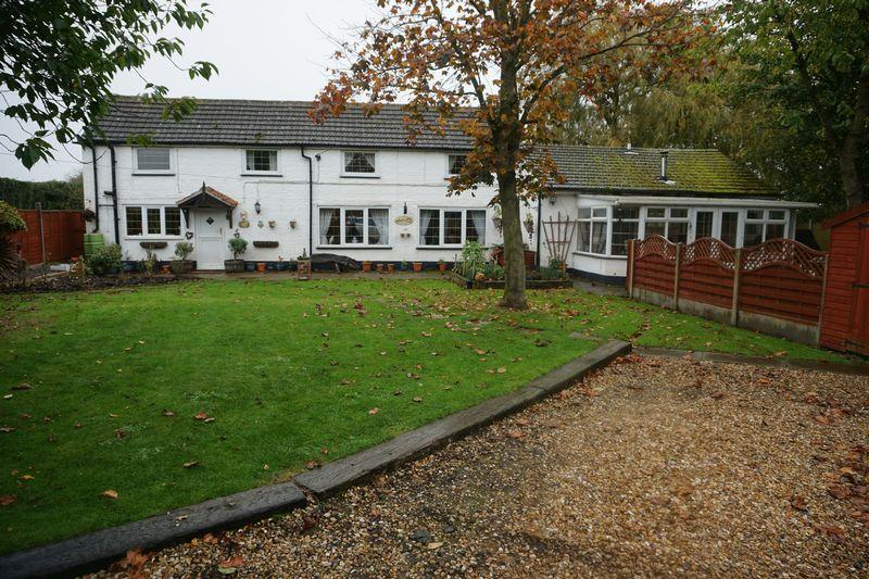 4 Bedrooms Cottage House for sale in White Haven, Eagle Moor