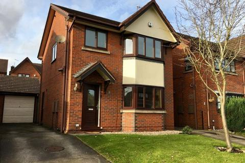 3 bedroom detached house to rent - Cambridge Close, Gillow Heath, Biddulph