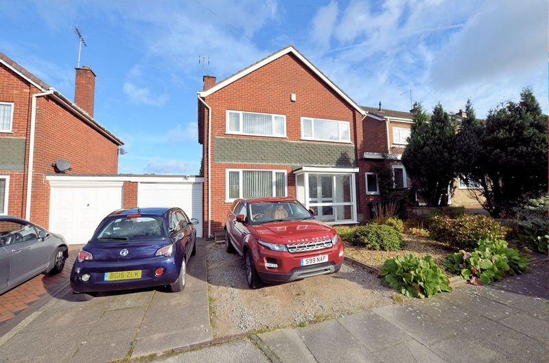 3 Bedrooms Link Detached House for sale in Wolverhampton Road, Oldbury