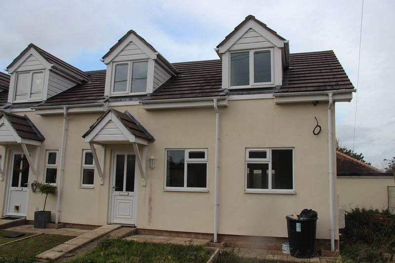 2 Bedrooms Semi Detached House for sale in Grahamstown Road, Chepstow