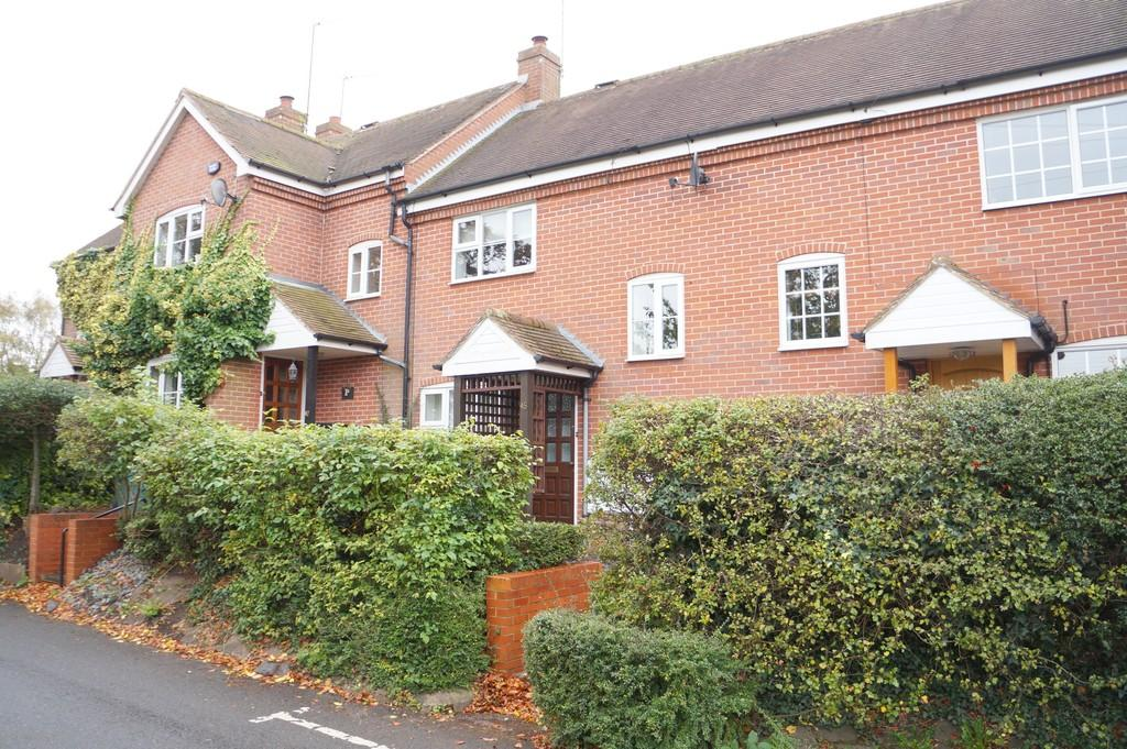 3 Bedrooms Terraced House for sale in Fentham Road, Hampton In Arden