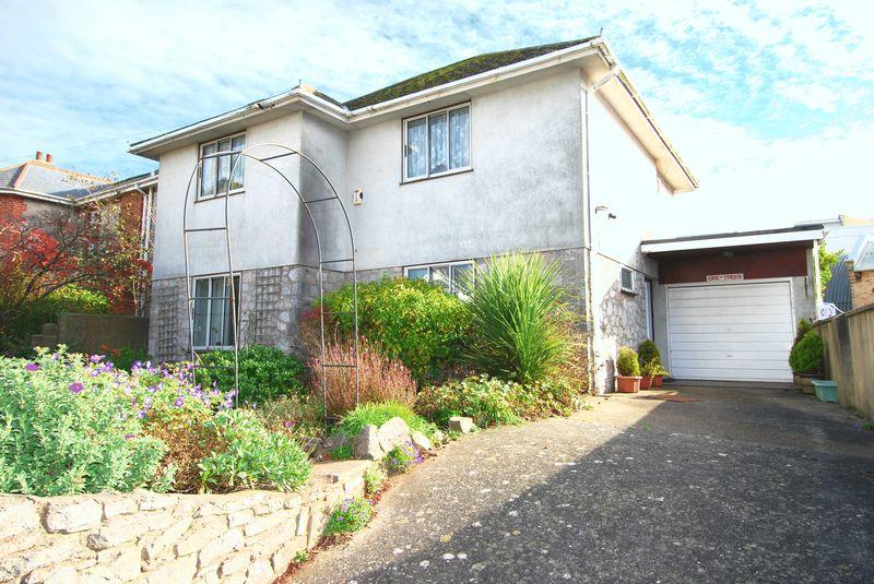 3 Bedrooms Detached House for sale in St Margarets Road, Torquay