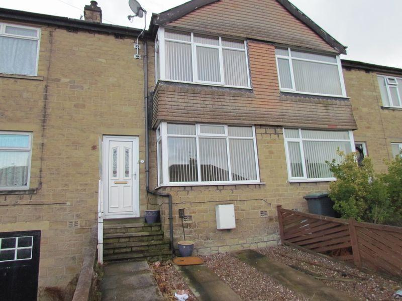 2 Bedrooms House for sale in Manor Drive, Bingley