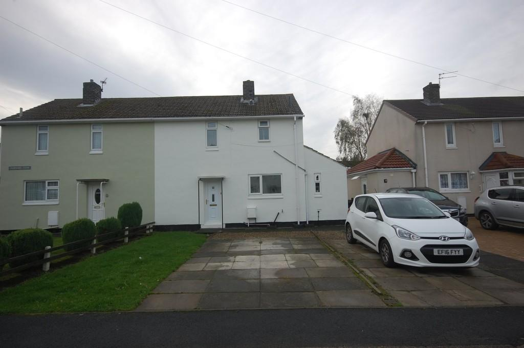2 Bedrooms Semi Detached House for sale in Crawford Close, Sherburn Village