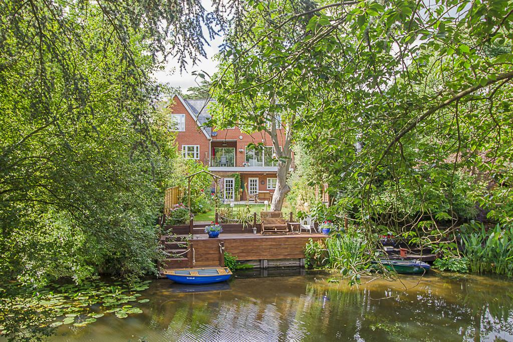4 Bedrooms Terraced House for sale in Matham Road, East Molesey