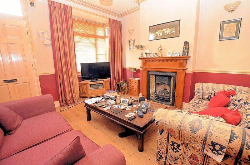 2 Bedrooms Terraced House for sale in Bishopton Road, Bearwood