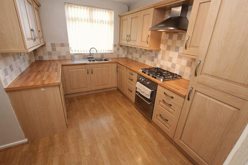 3 Bedrooms Terraced House for sale in The Meadows, Alkrington, Middleton M24 1TB