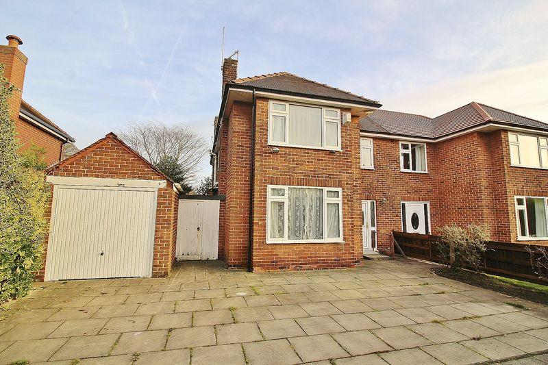 3 Bedrooms Semi Detached House for sale in Chesterfield Road, Ainsdale
