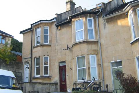 4 bedroom terraced house to rent - Thornbank Place, BA2 3HH