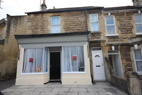 5 bedroom end of terrace house to rent - Third Avenue, BA2 3NY