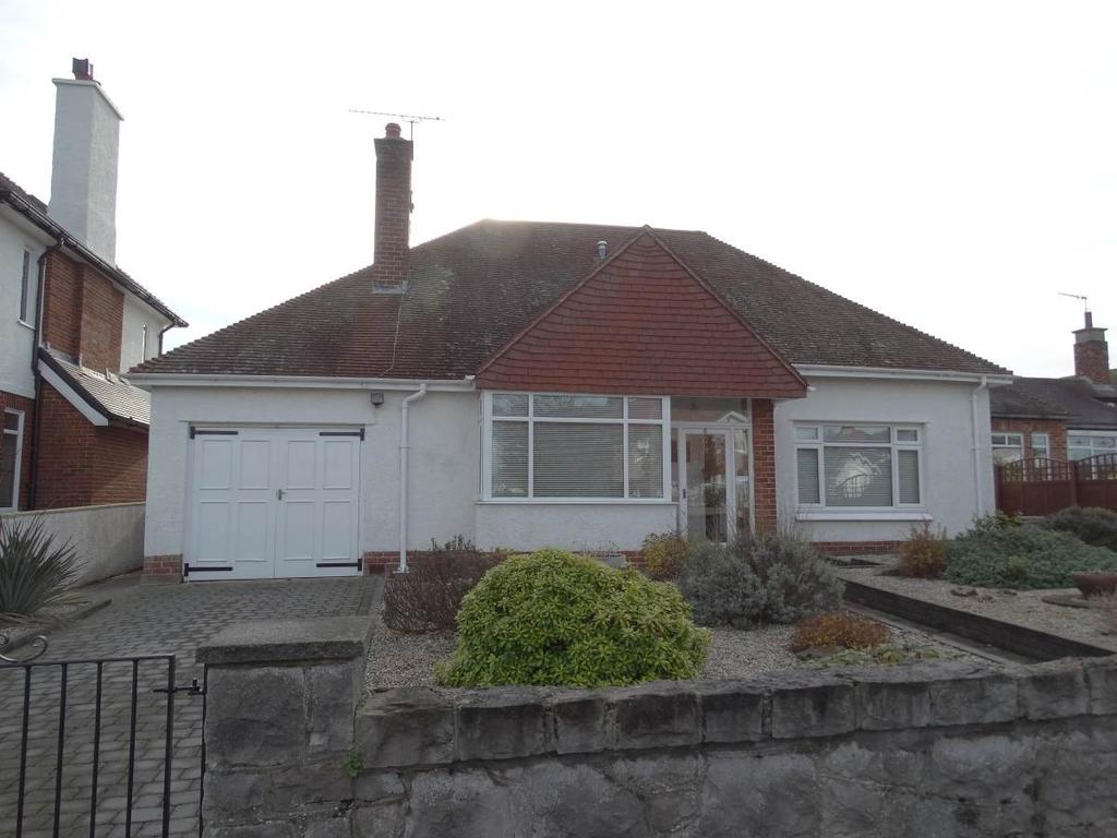 3 Bedrooms Detached House for sale in 6 Holbeck Road, Rhos on Sea, LL28 4EA