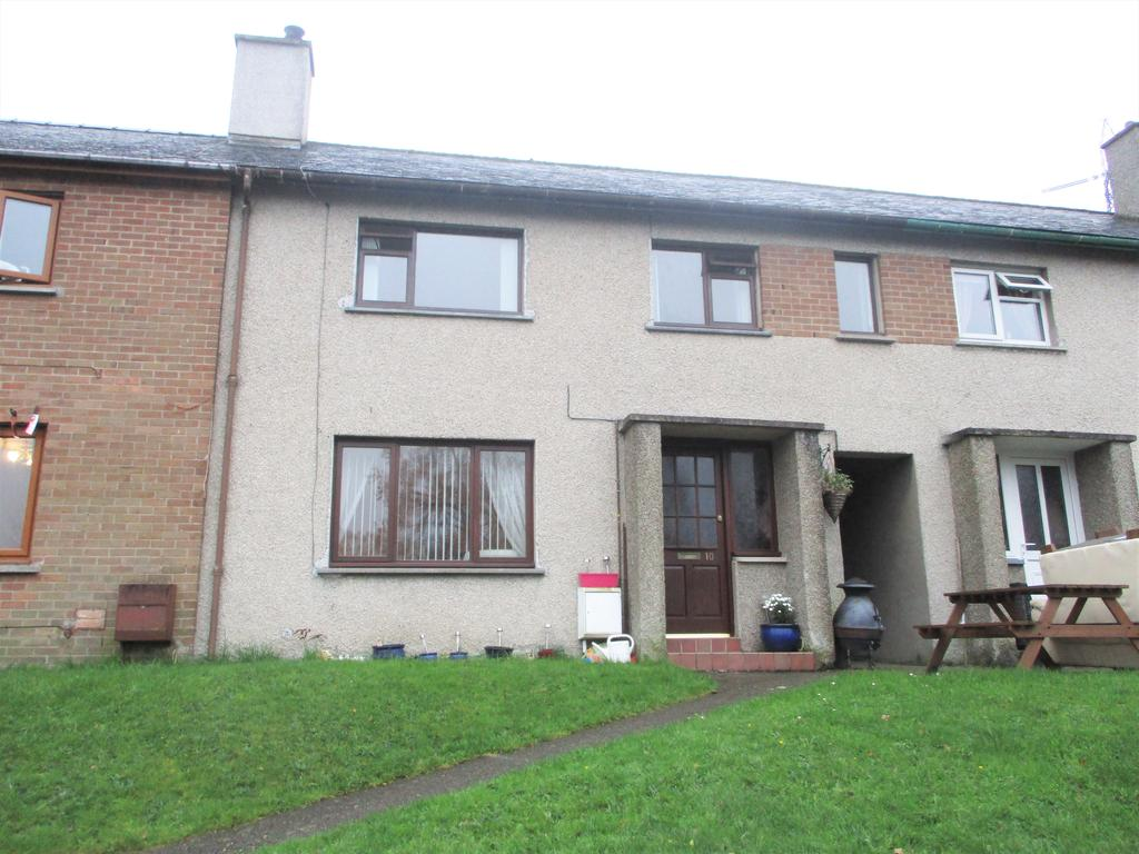 3 Bedrooms Terraced House for sale in 10 Trem y Wyddfa, Penrhyndeudraeth LL48