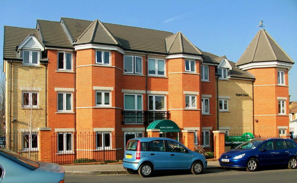 1 Bedroom Retirement Property for sale in Argent Court, Leicester Road, Barnet, Herts EN5