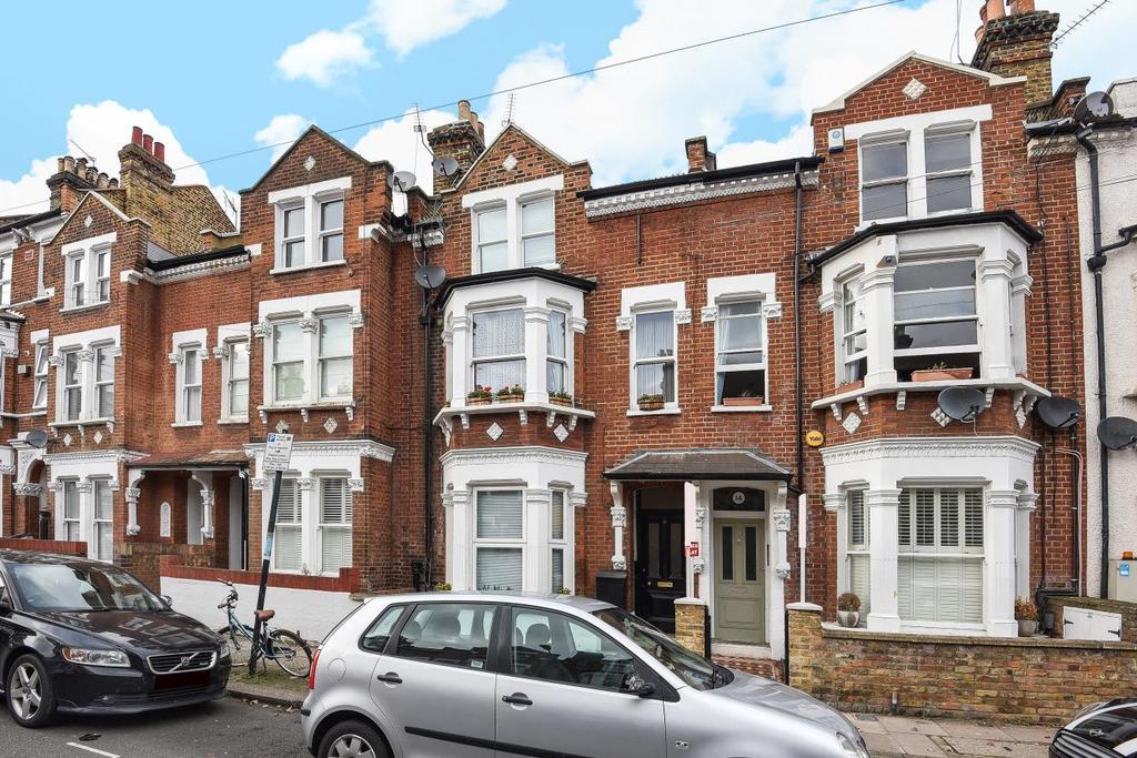 2 Bedrooms Flat for sale in Comyn Road, Battersea
