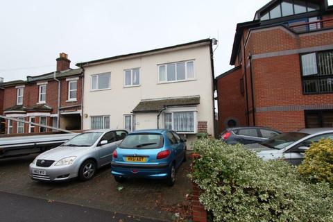 2 bedroom maisonette for sale - Millbrook Road East, Southampton SO15