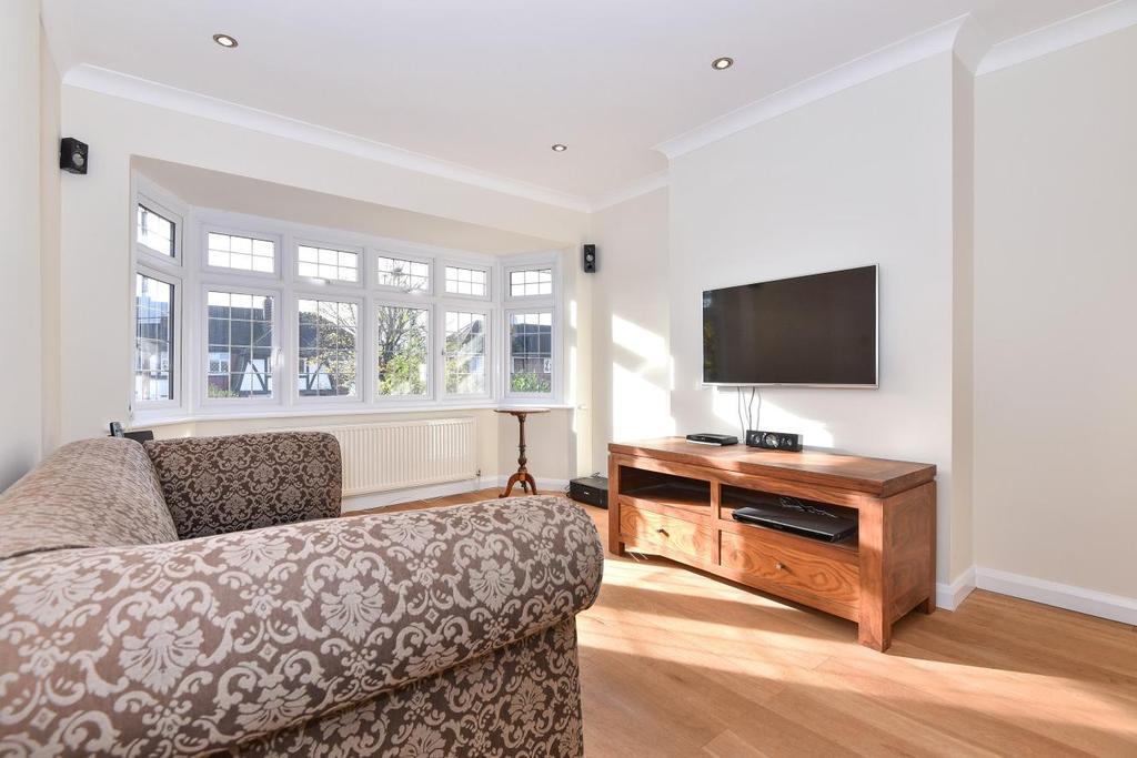 2 Bedrooms Flat for sale in Tudor Drive, Morden