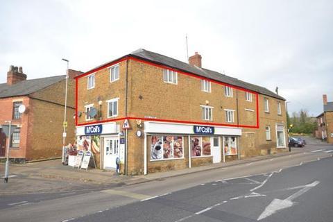 4 bedroom maisonette to rent - High Street, Rothwell