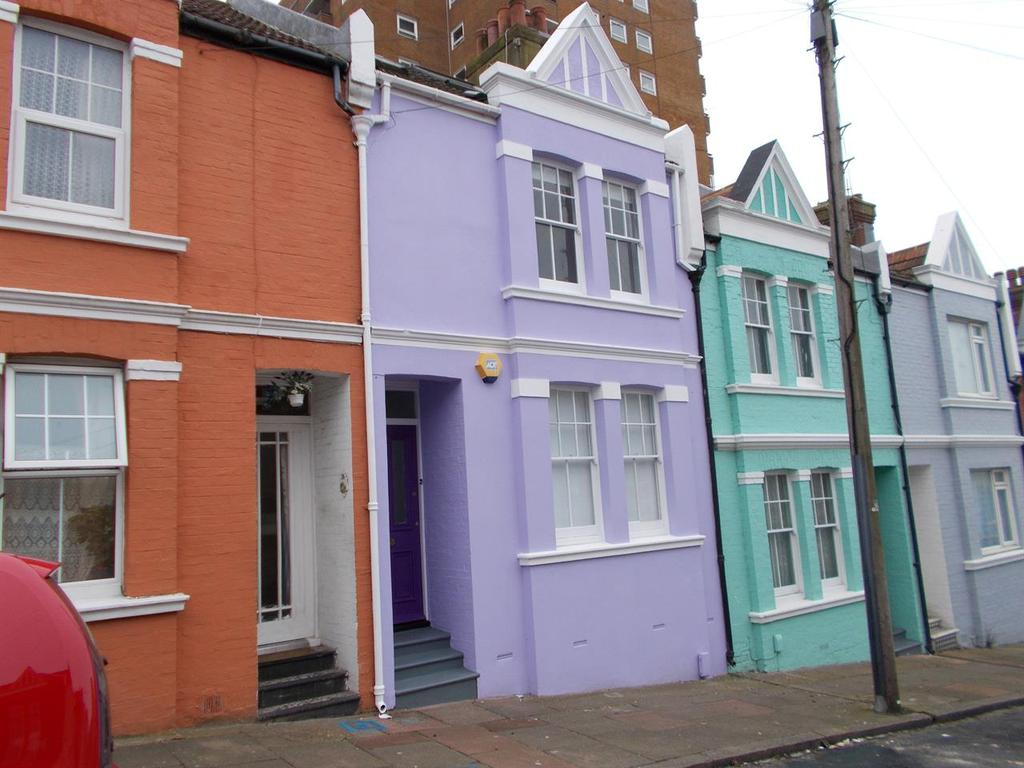 4 Bedrooms Terraced House for rent in Blaker Street, BRIGHTON