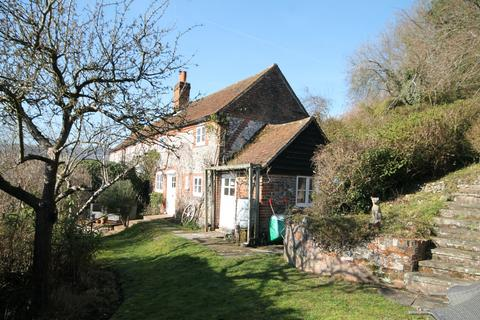 2 bedroom cottage to rent - Rockwell End Hill, Hambleden, RG9