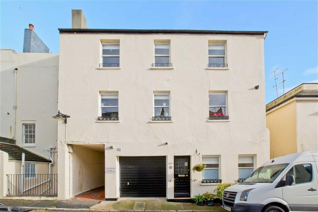 5 Bedrooms Mews House for sale in Brunswick Street East, Hove, East Sussex