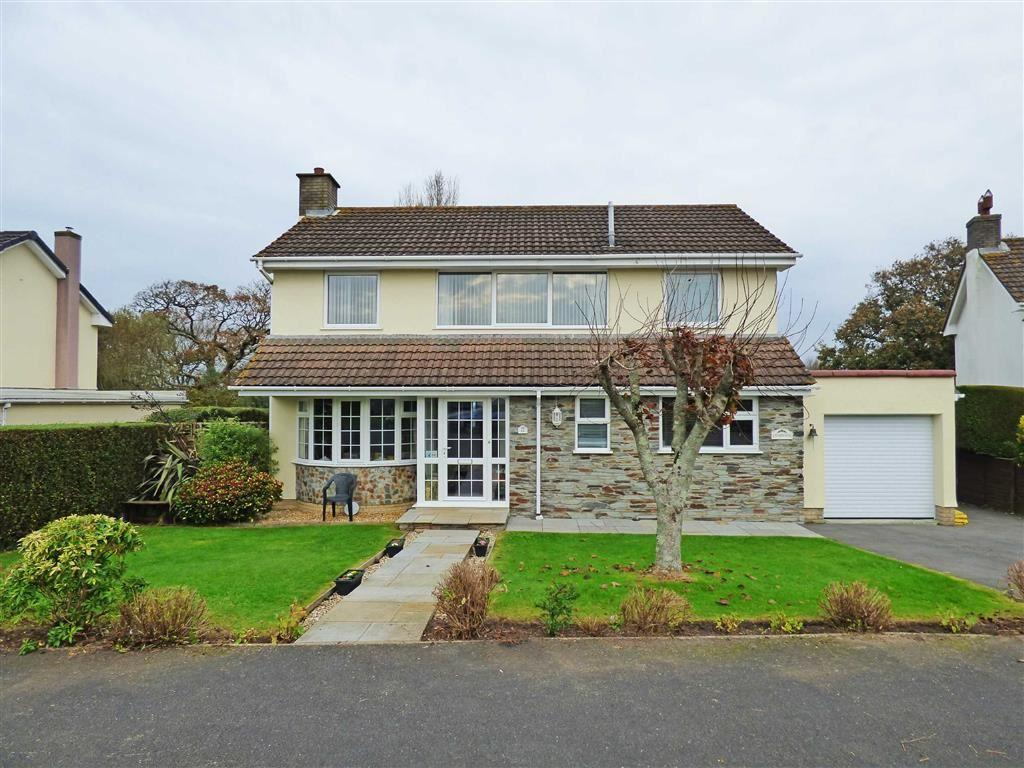 4 Bedrooms Detached House for sale in Shepherds Meadow, Abbotsham, Bideford, EX39