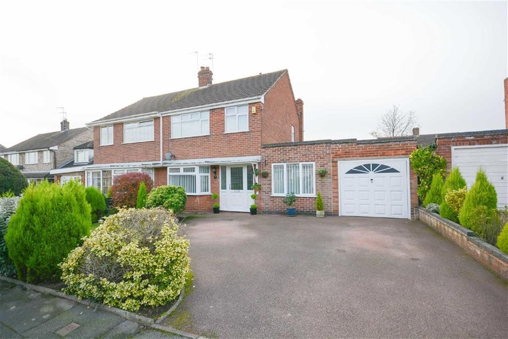 3 Bedrooms Semi Detached House for sale in Clumber Drive, Radcliffe-on-trent