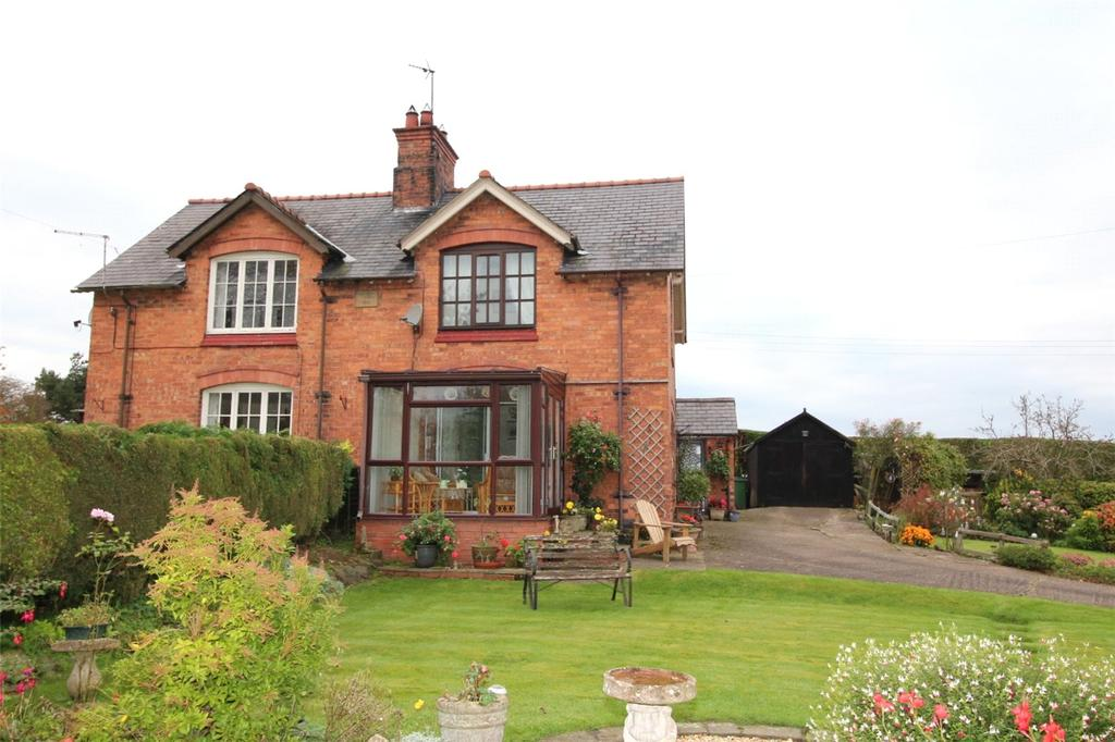 2 Bedrooms Semi Detached House for sale in Station Cottages, Bettisfield, Whitchurch, SY13