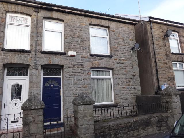 2 Bedrooms Semi Detached House for sale in Birchgrove Street, Porth