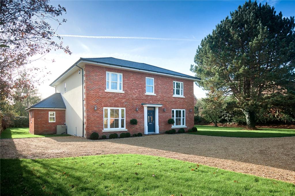 5 Bedrooms Detached House for sale in Frog Lane, Shroton, Blandford Forum