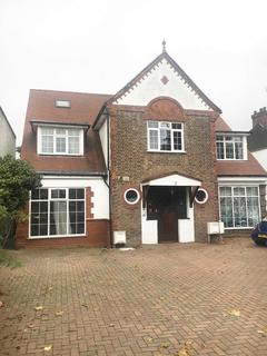 3 bedroom flat for sale - Gunnersbury Avenue, Ealing, London W5