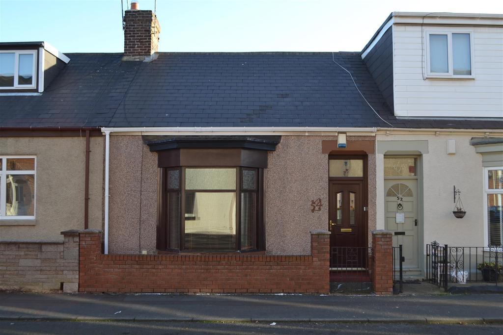 2 Bedrooms Cottage House for sale in Bright Street, Roker, Sunderland